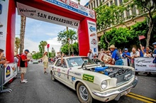 Cross-country Great Race rolls down Route 66